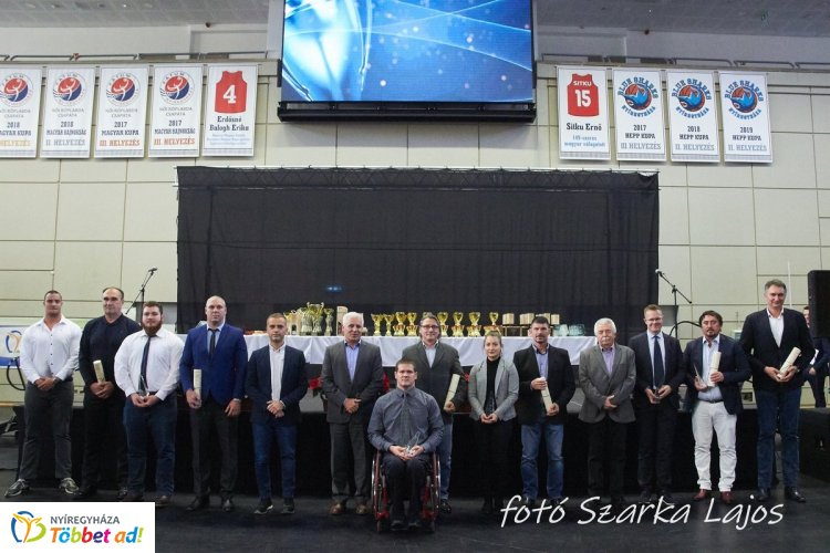 Városi Sportgála – díjazták Nyíregyháza legjobb sportolóit és a felkészítő edzőket