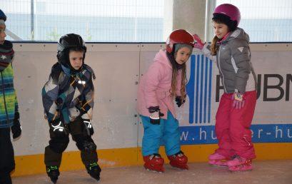 Idén is folytatódik a családi korcsolyázás és az ovikori a Nyíregyházi Városi Jégpályán