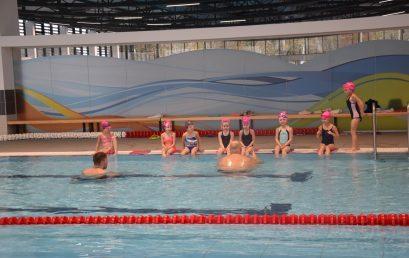 Ovis úszás a Városi Uszodában