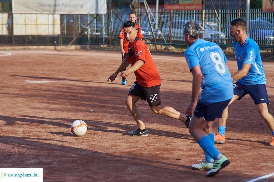 Túl 500 meccsen – Végéhez közeledik a Városi Kispályás Labdarúgó Bajnokság