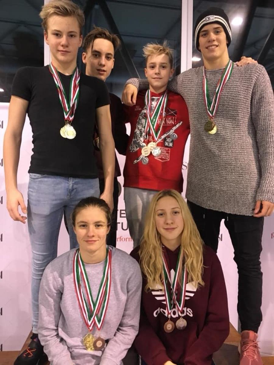 Cikluszárás Győrben – 22 éremet szereztek a Nyíregyházi Sportcentrum  úszói