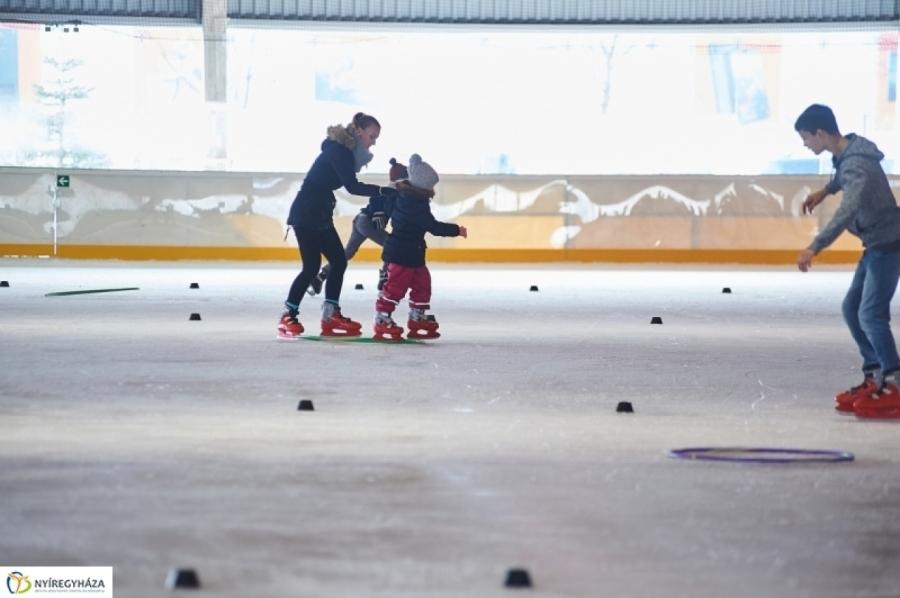 Ovikori – minden nagycsoportos megtanulhat Nyíregyházán korcsolyázni!
