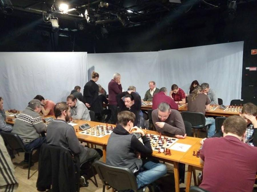 A két ünnep között is sakkoztak